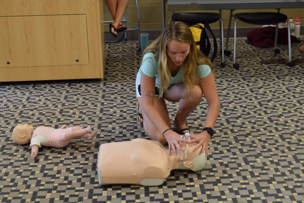 Student training in CPR/AED in the RWC Wet Classroom
